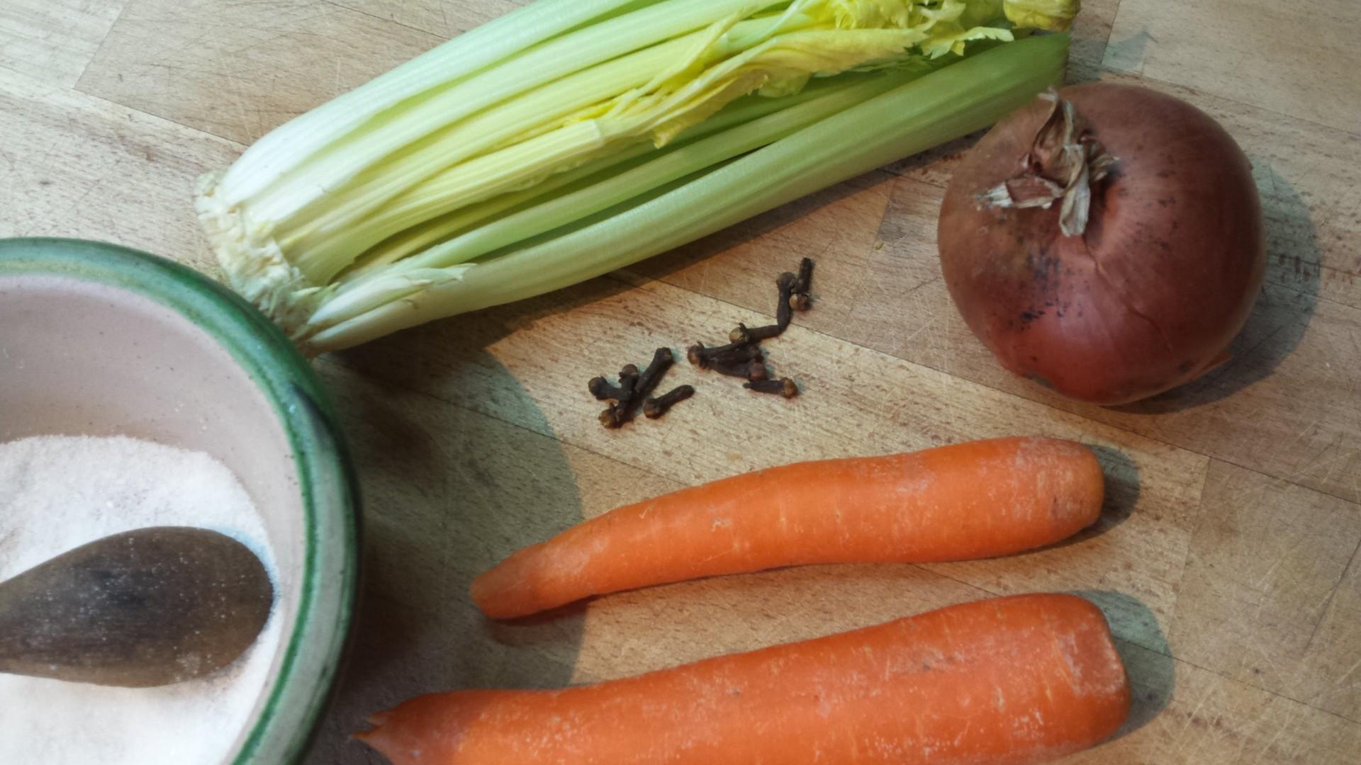basic ingredients for ragu